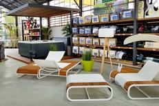 Innov'green Elne vend du mobilier d'extérieur, de la décoration, des spas.