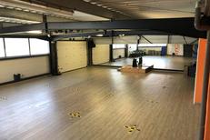 Salle de sport Saint Charles Perpignan L'Orange bleue le Soler et son espace Musculation avec coach sportif