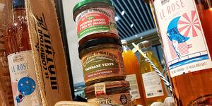 Le Comptoir de Mathilde Claira vend des produits pour l'apéritif, boissons, tartinables...