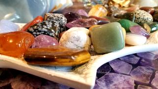 So-An Minéraux Perpignan est une boutique de minéraux, d'ésotérisme et de soins énergétiques qui annonce son site internet.