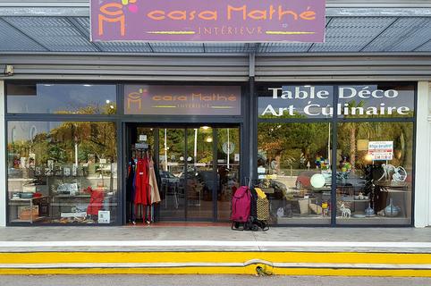 Casa Mathé Perpignan propose une sélection d'objets de Décoration, de mobilier, d'art de la table et d'idées cadeaux au C.Cial Espace Sud à Latour Bas Elne (® SAAM)