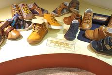 Chaussures Codognes Perpignan vend des chaussures enfant Babybotte en centre-ville