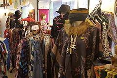 Damai Perpignan Boutique Cadeaux, Bijoux du monde, bouddhas...en centre-ville.