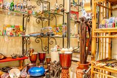 Damaï Perpignan propose un beau choix d'idées cadeaux comme des objets déco (® networld-aGuje)
