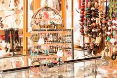 Damaï Perpignan propose un beau choix de bijoux artisanaux (® networld-aGuje)