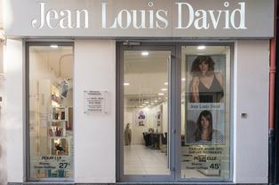 Coiffeur Perpignan Jean Louis David au centre-ville dans la rue de l'ange (® SAAM-aGujei)