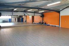 Salle de sport Saint Charles Perpignan L'Orange bleue propose des cours collectifs de fitness, abdos, renforcement musculaire, danse... (® l'orange bleue)