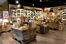 Le Comptoir de Mathilde Claira vend des produits gourmands de fabrication française ( ® SAAM stephane Delchambre)