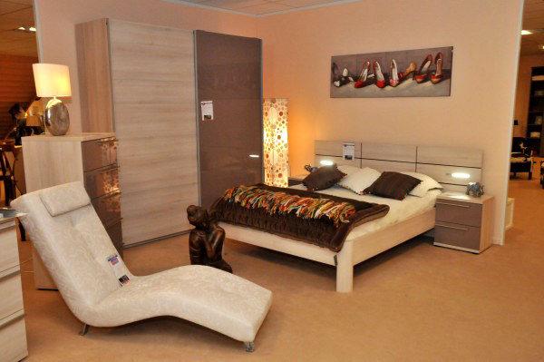 meubles logial au boulou mobilier d co literie perpignan shopping. Black Bedroom Furniture Sets. Home Design Ideas