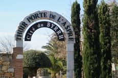 Office de Tourisme Aspres-Thuir et l'un de ses sites à Thuir: la Cité du Byrrh (® OT Aspres-Thuir)