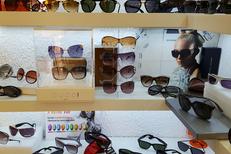 Opticadom 66 Opticien à domicile Perpignan propose aussi des lunettes de soleil en boutique et à domicile (® networld-david gontier)