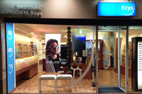 Opticien Perpignan Bressac Krys vous propose des lunettes, des lentilles et des solaires pour toute la famille en centre-ville au pied du Castillet (® bressac)