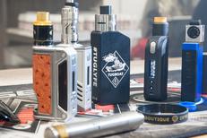 Vapoter Perpignan avec la boutique Oxygène Cabestany Mas Guérido qui vend des e-liquides et du matériel de vapotage (® networld-D.Gontier)