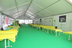 Exemple d'aménagement intérieur d'un chapiteau de la société Panoramique Location specialiste de la location de chapiteaux et tentes dans la ville de Pia (credits photos :EDV-S.Delchambre)