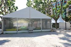 Structure complète de la société Panoramique Location specialiste de la location de chapiteaux et tentes dans la ville de Pia (credits photos :EDV-S.Delchambre)