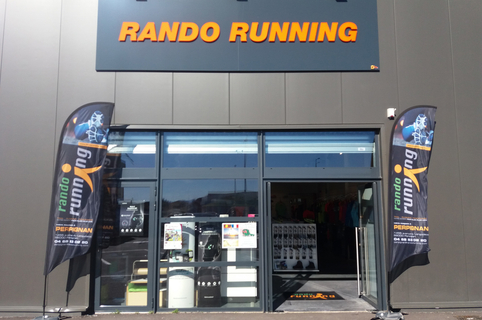 Rando Running Perpignan vend des chaussures pour la course, la rando, le trail ainsi que des accessoires et des vêtements dédiés au running et à la randonnée à Polygone Nord.(® networld-gontier)