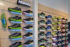 Rando Running Perpignan vend des chaussures running ainsi que pour le trail et la randonnée à compléter par des vêtements et des accessoires (® networld-gontier)