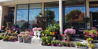 Rev'en fleurs Cabestany Fleuriste à Perpignan réalise des compositions florales pour vos mariages, évènements, pour offrir et propose aussi la livraison de fleurs.(® rev en fleurs)