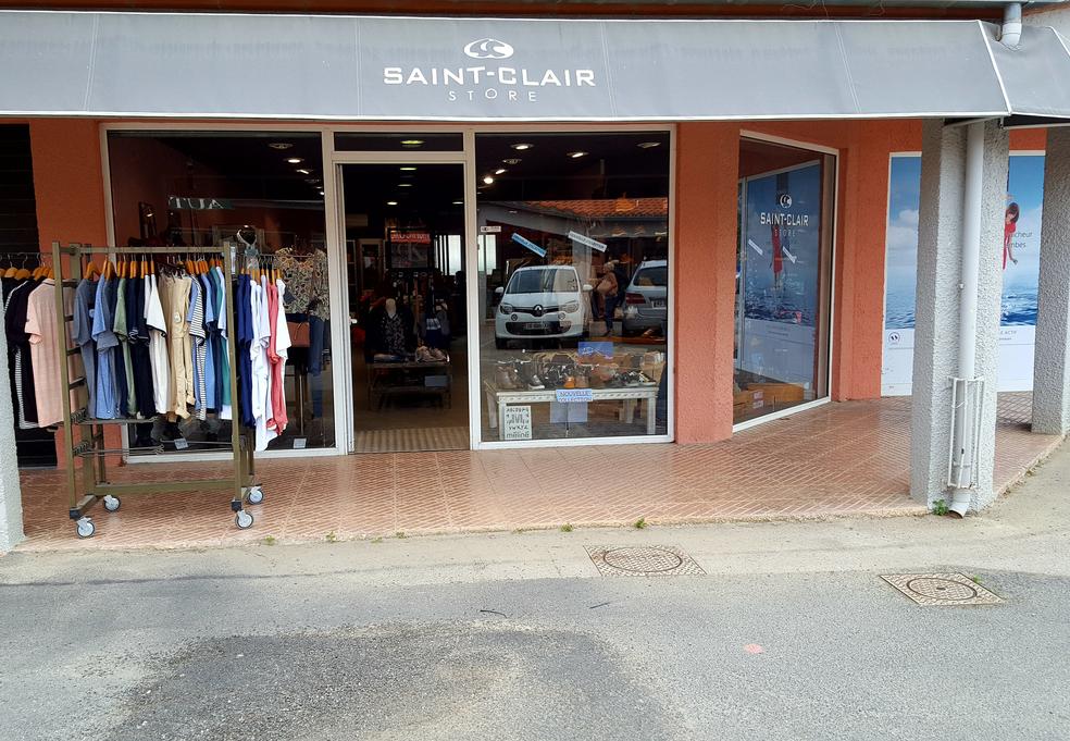 559f2eb7397 Saint-Clair Elne vend des vêtements féminins et masculins ainsi que divers  accessoires de mode
