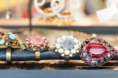 Titelles Thuir propose des accessoires de mode en centre-ville (® networld-Bruno Aguje)