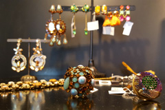 Titelles Thuir vend de beaux bijoux
