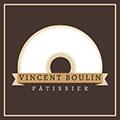 Vincent Boulin Pâtissier propose des desserts gourmands dans sa boutique de pâtisserie au cente-ville de Perpignan.
