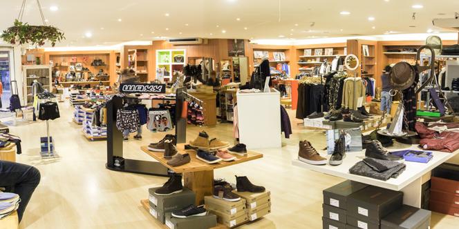 Boutique Saint Clair Elne annonce sa dernière Démarque  pour profiter de remises jusqu'à - 60% *.(® SAAM)
