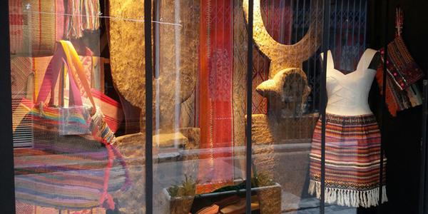 boutique titelles thuir objets d co d afrique perpignan shopping. Black Bedroom Furniture Sets. Home Design Ideas