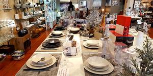 Casa Mathé est le magasin idéal pour dresser vos tables de Fêtes avec de beaux services, à retrouver à Latour Bas Elne.