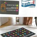 Casa Mathé Latour Bas Elne vend les Tapis Wash and Dry en magasin pour décorer vos intérieurs.