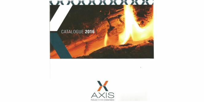 Cheminées Valdivia Le Soler présente les catalogues 2016 des poêles à bois et granulés, des foyers et des cheminées Axis. (® valdivia)