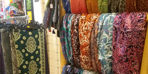 Damaï Perpignan propose des idées-cadeaux Noël originales dans sa boutique en centre-ville.