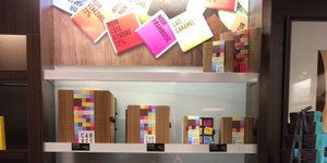 Jeff de Bruges Perpignan présente ses carrés de chocolats gourmands à choisir parmi 12 saveurs. (® jeff de bruges)