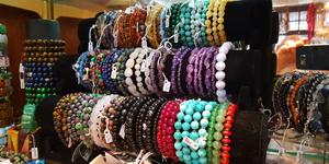 L'Anaconda Perpignan crée vos bijoux sur mesure et personnalisés.