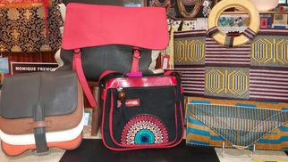 L'Anaconda Perpignan vend des sacs en cuir tendance en boutique, de belles idées-cadeaux !