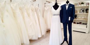 L'Ecrin Blanc Perpignan Magasin de robes de mariée propose de nouvelles robes de mariée et de nouveaux costumes de marié.