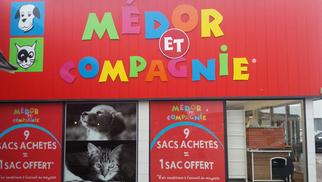 Médor et Compagnie Perpignan propose de graver la médaille de votre chien ou chat en magasin au Mas Guérido Cabestany.(® networld-david gontier)