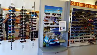 Optique Saint Martin Perpignan vend les lunettes polarisées Henko en magasin parmi d'autres solaires à prix discount.