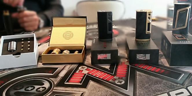 oxyg ne le soler vend des box de cigarettes lectroniques fuchai 213. Black Bedroom Furniture Sets. Home Design Ideas