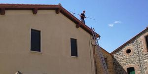 Radio Télé Canigou installe des antennes, des paraboles et des télévisions et les dépanne si besoin dans les Pyrénées orientales.