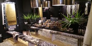 Titelles Thuir vend des objets Déco chic et des vêtements de créateurs en centre-ville.(® networld-gontier)