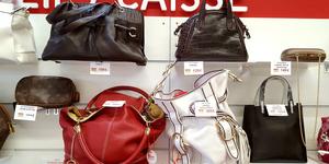 Trouvez des sacs à main luxe à Perpignan pas cher chez Easy Cash Cabestany Magasin d'occasion au Mas Guérido.