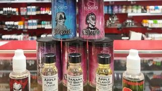 Vapot France Pollestres vend des cigarettes électroniques en Box pour tous les niveaux
