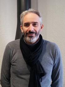 Invicta Shop 66 Perpignan spécialiste des cheminées, poêles et inserts au Mas Guérido Cabestany est géré par Jean-Luc Bardin-Codine.(® networld-gontier)