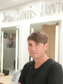 Jean Louis David Perpignan Salon de coiffure en centre-ville est géré par Thierry Planas. (® SAAM-L.Nyilasi)