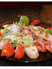 Les Enfants Gâtés de Perpignan présente leur recette de La Salade César (credits photos : NetWorld-S.Delchambre)