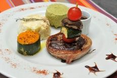 L'Auberge des Albères Saint Genis des Fontaines présente une assiette Gourmande (® networld-Stéphane Delchambre)