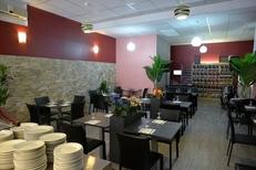 Les Délices du Liban Perpignan Restaurant libanais propose une Salle spacieuse au centre-ville (® NetWorld-S.Delchambre)