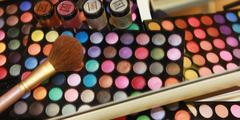 Maquillage en institut de beaute dans la ville de Perpignan et dans les communes voisines (credits photos: EDV-Fabrice Chort)