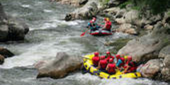 Photo de Rafting issue du site Fotosearch